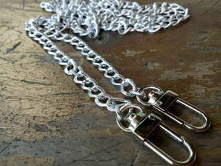 Bag chain with hook