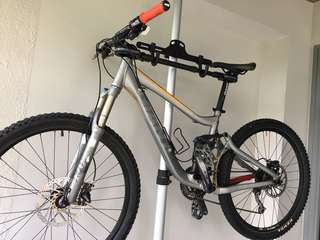 Giant Trance X2 (Original Stock - Tier 2 Specs including FOX Fork + Shox) - Priced to Sell!
