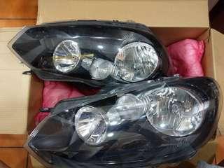 福斯Golf 6代原廠頭燈,售價6000一組(不含運)