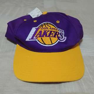 Vintage Los Angeles Lakers Snap Back Cap Twins Enterprises ( brand new with tags )
