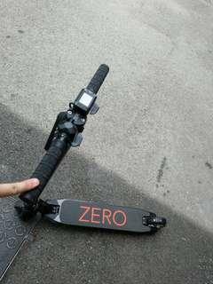 Zero scooter practically new