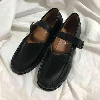 (私)黑色繫帶娃娃鞋