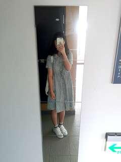🚚 綠白格子洋裝