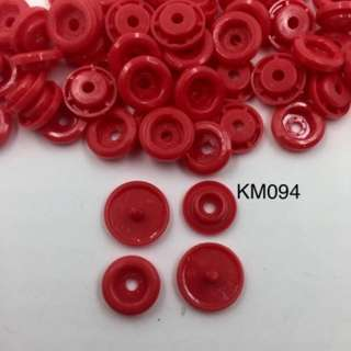 KM094	CHILLI RED: T5(12mm) Snap Button, 50 set (200pcs)