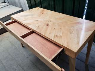 Refurbished Palochina Table with drawer