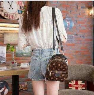 新款新款‼️韩式质感高仿名牌包包