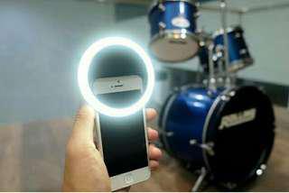 Lampu Selfie