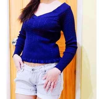 Blue knitted semi crop top