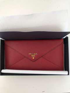💯 authentic Prada Saffiano Leather Envelope Wallet