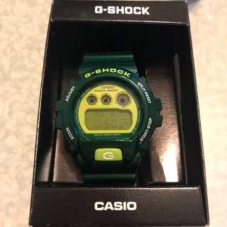 G-shock 深綠色手錶