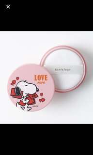 Innisfree mineral powder snoopy limited ed