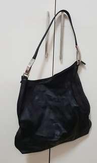 Preloved DKNY bag