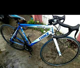 Trinx tempo 1.0 bike
