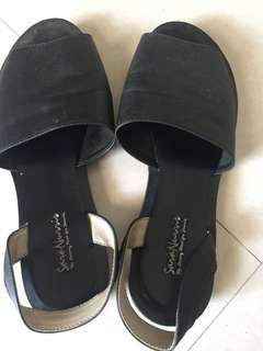 Sepatu sandal kulit black