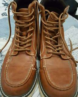Sepatu hnm ori booth size 43