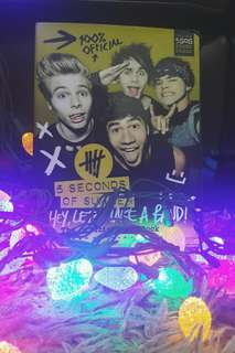 Hey, Lets Make A Band! The Official 5SOS Book