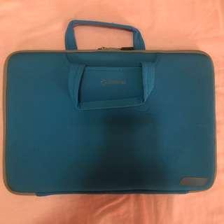Capdase - laptop sleeve/bag