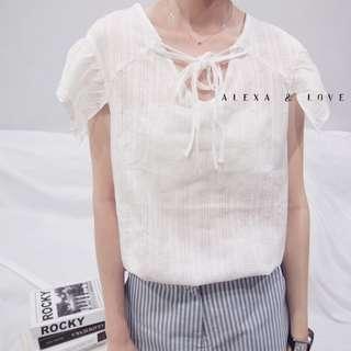 Alexa&Love 白色V領荷葉袖襯衣娃娃上衣(特)