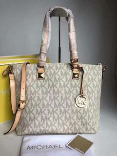 Authentic tote bag for women