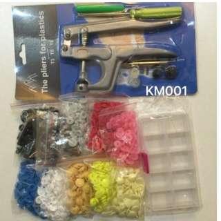 KM001: Snap Button Set: Plier & Apprx 300 set button + Container