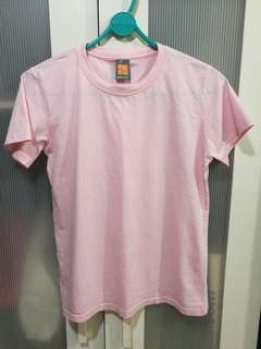 Light pink female cut tshirt