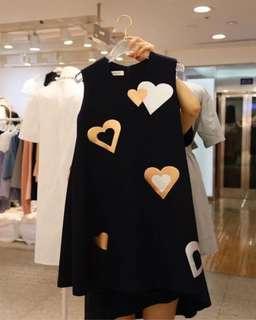 🚚 (特價)韓版氣質女裝愛心無袖連身裙洋裝A字裙