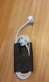 Apple cablel sacket