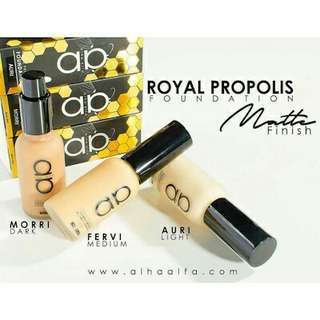💕INSTOCK 💕Alha Alfa Royal Propolis Foundation