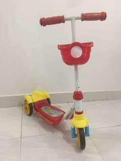 Otopet atau skuter