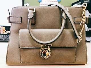 Michael kors hand bag (buy from US)