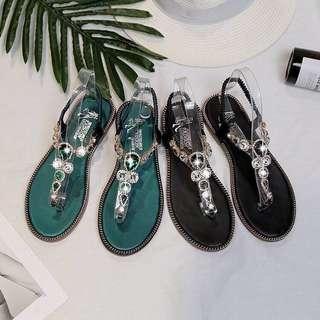🚚 部分尺寸現貨‼️ 韓版水鑽夾腳波希米亞風涼鞋🔥
