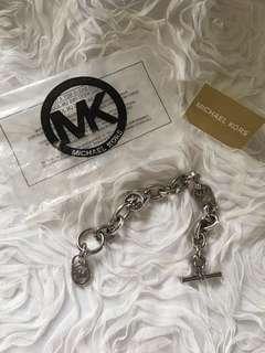 MK Bracelet in Silver