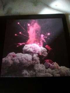 Pre-loved Cherry Bomb Album 🍒💣