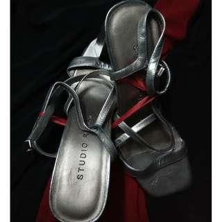 Studio Roma Shoes (Silver)