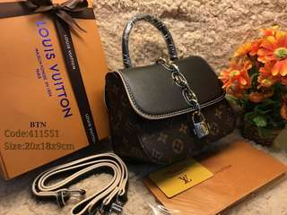 LV Sling Bag (Gred Super A)