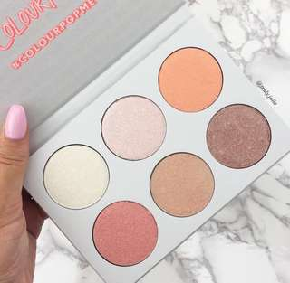SALE❗️Colourpop Gimme More Highlighter Palette INSTOCK