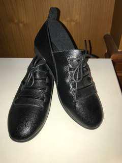 Sepatu kulit utk musim dingin
