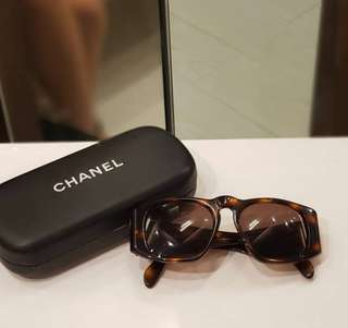 Chanel Sunglasses ❤️MARK DOWN SALE P11k ONLY❤️ ✖️✖️P12,500✖️✖️ In excellent condition With box Swipe for detailed pics