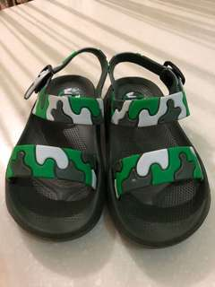 Kids Sandals 3 for 250 only!