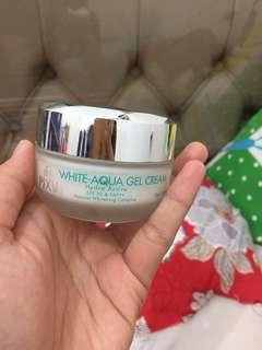 Pixy white aqua gel cream