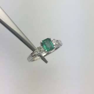 86份綠寶 45份鑽石 18K白金戒指 0.86ct Emerald 0.45ct Diamond Ring 可議價