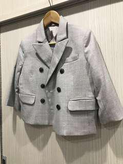 設計感明灰色外套