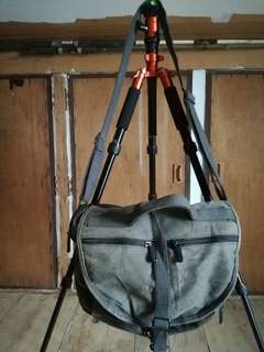 Driftwood army green sling bag