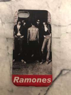Ramones iPhone 7 cover