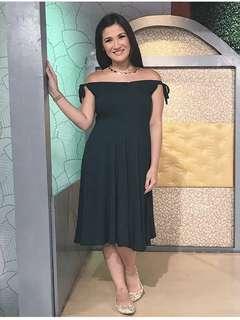 Elin Nicole Maternity Nursing Dress