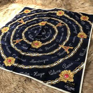 Celine 絲質方巾