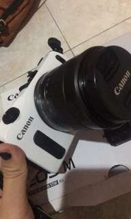 CANON EOS M MIRRORLENS CAMERA NEGOTIABLE