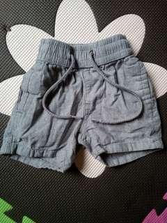 Shorts 3-6mos