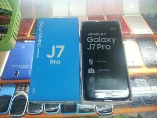 Samsung J7 Pro (Original and Brand New)