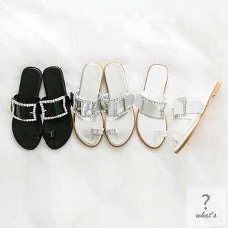 🚚 Korea 👡 時尚氣質水鑽方釦套趾拖鞋
